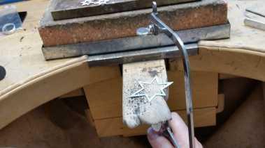 Schmuckherstellung in Handarbeit