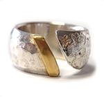 Ring aus Sterlingsilber mit Goldstreifen.Gr.60, 289,- €